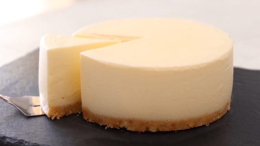 バター不要シンプルに美味しいチーズケーキ