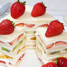 フルーツサンドイッチケーキ