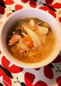 子ども大好き☆野菜盛り沢山コンソメスープ