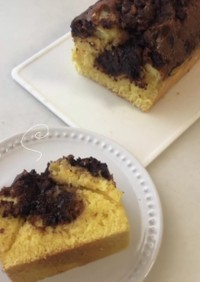 しっとりふわふわマーブルパウンドケーキ