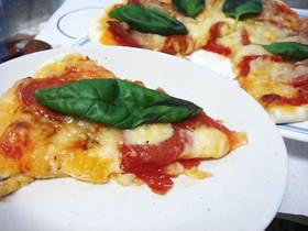 一番簡単で失敗なし!もっちり生地のピザ☆