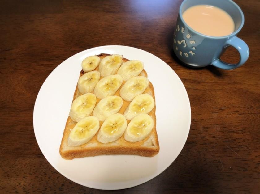 定番のバナナピーナッツトースト