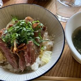 安いお肉でも美味しくステーキ丼(4人分)