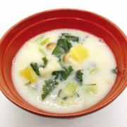 【病院】豚肉のごまみそスープ【給食】の写真