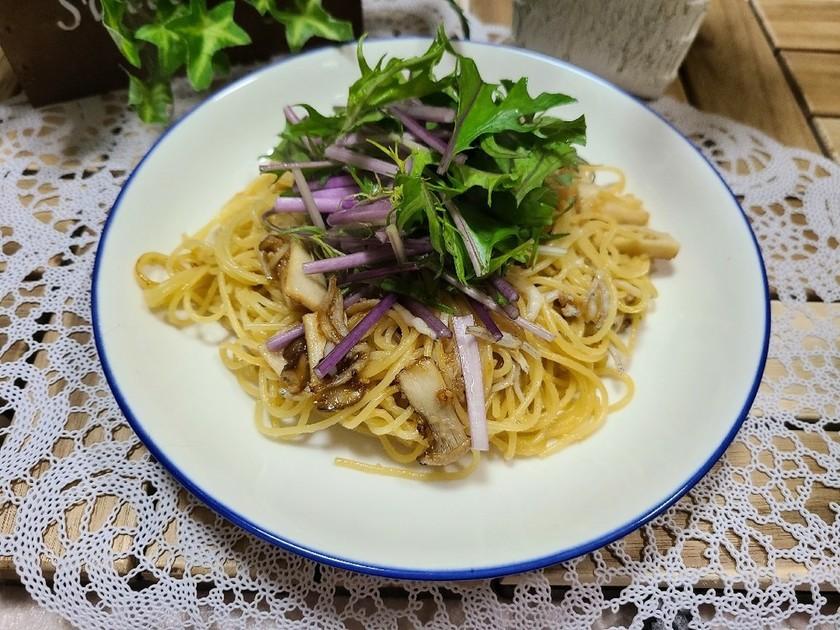 簡単★赤みず菜としらすのペペロンチーノ
