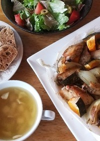 お昼ごはん!手羽中と南瓜のオーブン焼き