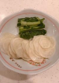 塩麹とこんぶ茶で、カブとカブの葉の漬け物