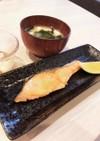 鮭の塩焼き。