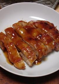 もも肉の味を引き立てるたれで鶏の照り焼き
