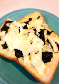簡単☆香ばし醤油のしらすチーズトースト