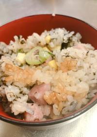 海苔とベーコンの炊き込みご飯
