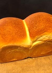 朝に焼きたて食パン