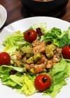 サーモンとアボカドのマリネ風サラダ