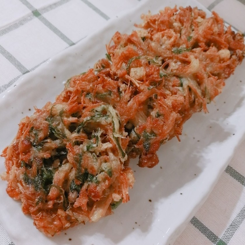 納豆とエノキと大葉のかき揚げ