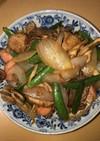 豚と魚肉ソーセージの甘辛炒め
