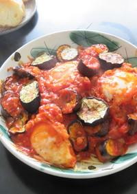 茄子とポーチドエッグのトマトソースパスタ