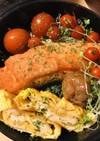 お弁当●焼き鮭のり弁当・玉子焼き添え