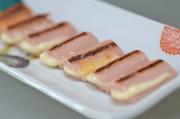 簡単☆魚肉ソーセージのチーズ挟み焼きの写真