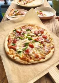 中力粉で作るピザ