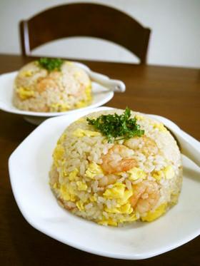 ふんわり炒り卵の海老チャーハン♪