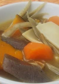 「ほわんたん」でほうとう風スープ