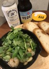 簡単つまみ!空豆と海老のタイ風アヒージョ