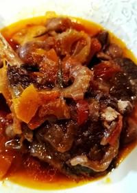 ラム肉の赤ワイン煮込み
