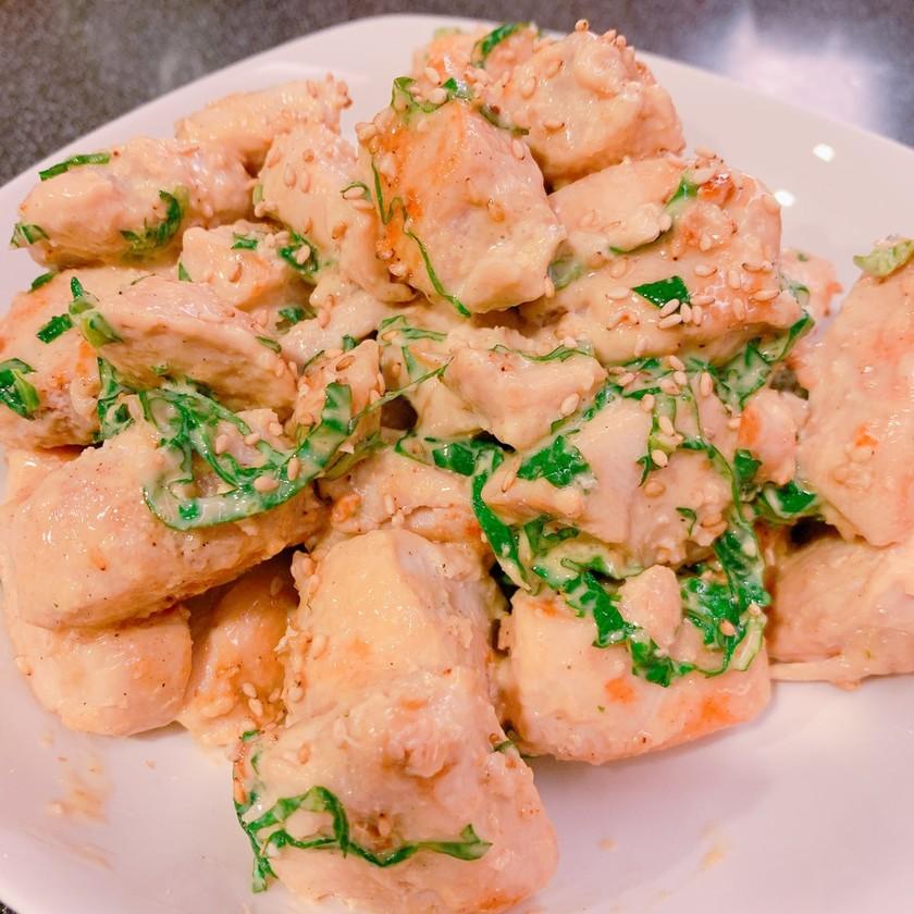 鶏むね肉で☆大葉のガーリック醤油マヨ