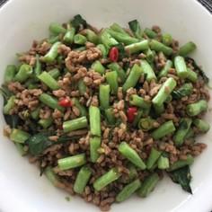 本格ガパオ タイ風挽肉と野菜のバジル炒め