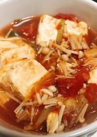豆腐とキノコのトマト缶で簡単煮込み