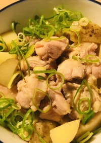 あっさり鶏じゃが●高野豆腐と煮こむ