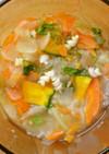 ライスパスタで野菜スープを楽しい雰囲気に