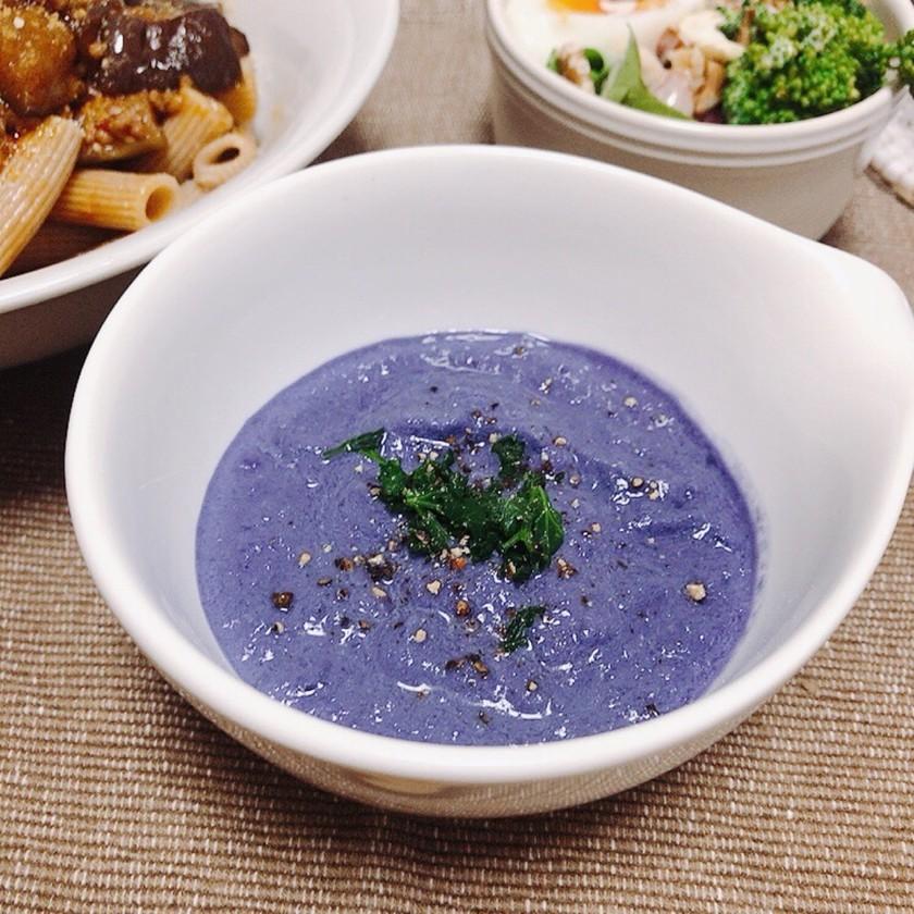 ブレンダーで簡単♡紫キャベツのスープ