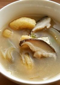 玉ねぎ・椎茸の味噌汁♪