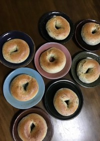 モッチモッチ☆ほうじ茶と栗のベーグル