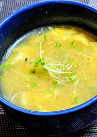 コーンと春雨の中華卵スープ