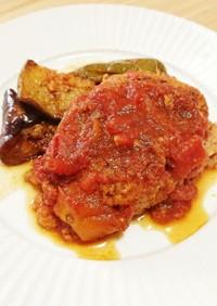 トマト缶で煮込みハンバーグ