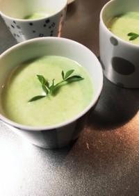 グリーンピースの冷たいスープ