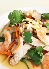 ベトナム風 縦切り蓮根と海老豚肉のサラダ
