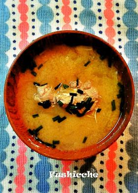 鯖つくねのお味噌汁