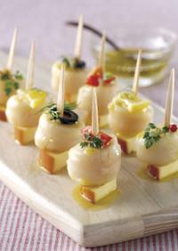 ほたての貝柱とスモークチーズのピンチョス