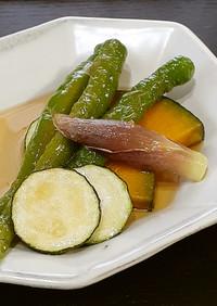 伏見とうがらしと夏野菜の揚げ漬け
