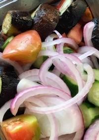 旬の野菜で簡単サラダ寿司酢醤油ガーリック