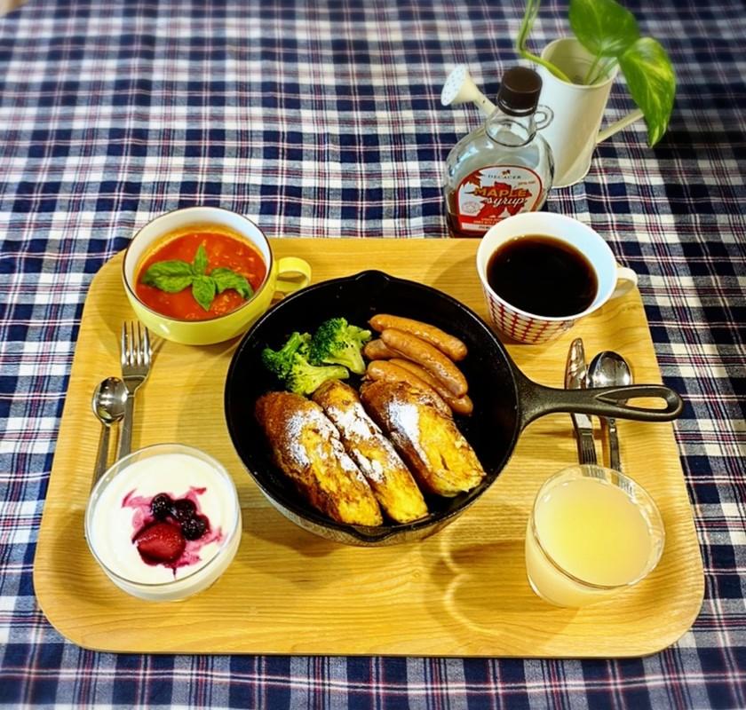 スキレットでホテル朝食風フレンチトースト