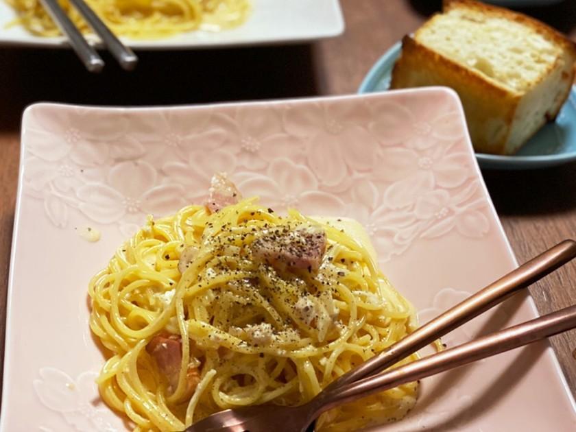簡単本格的カマンベールチーズカルボナーラ