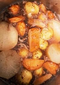 大根とさつま揚げとジャガイモの煮物