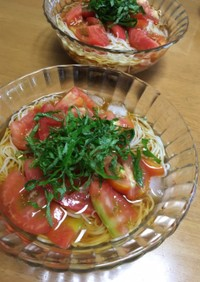 大葉とトマトの素麺☆胡麻油風味