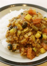 お肉不使用!大豆と夏野菜のキーマカレー