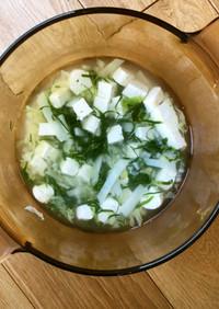 木綿豆腐 葉物野菜 じゃがいものスープ