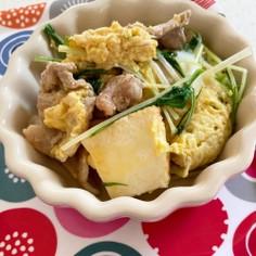 水菜と豚こまと厚揚げの卵とじ。